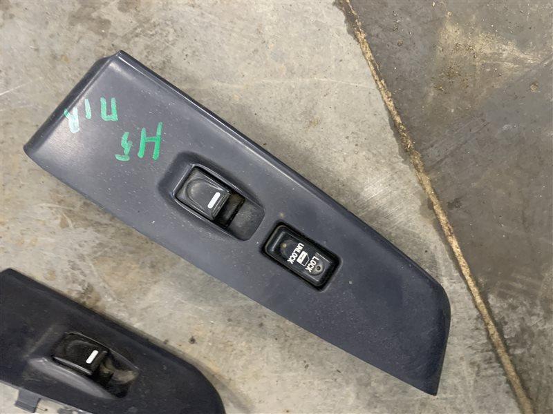 Блок управления стеклами Great Wall Hover H5 H5 4G69S4N 2013 передний правый (б/у)