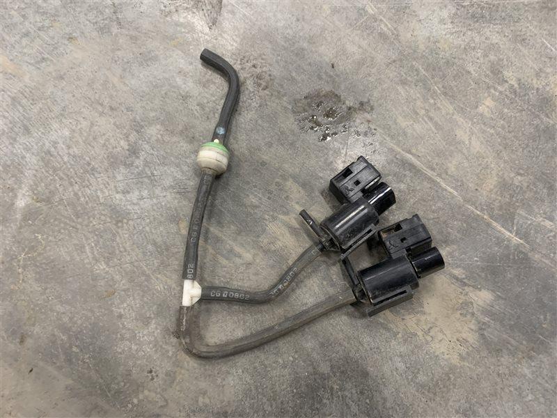 Клапан электромагнитный Mazda Bt50 UN8F1 WLAA 2008 (б/у)
