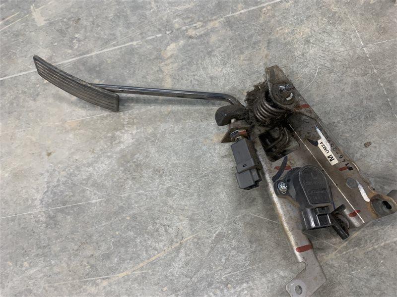 Педаль газа Mazda Bt50 UN8F1 WLAA 2008 (б/у)