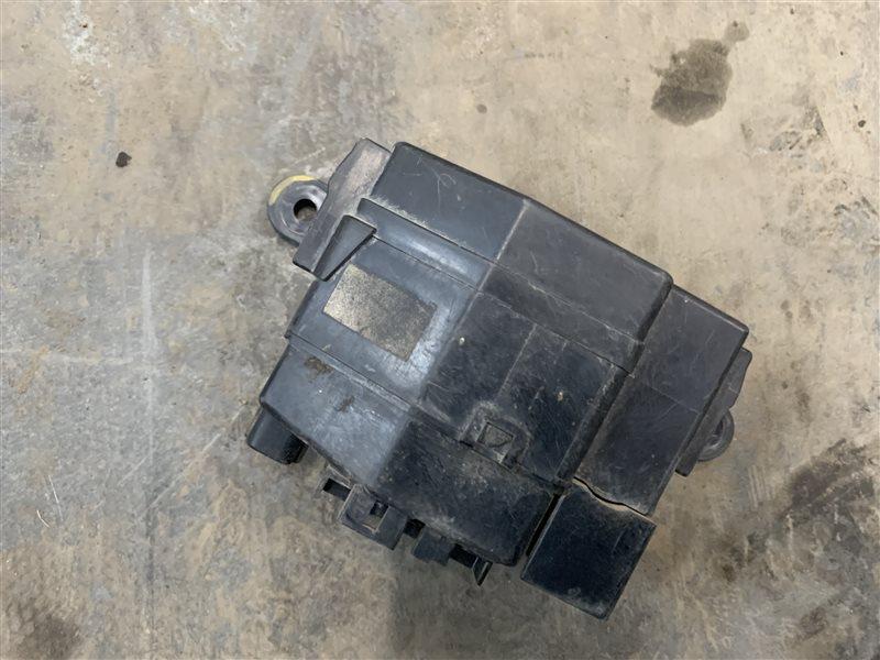 Блок предохранителей Mazda Bt50 UN8F1 WLAA 2008 (б/у)