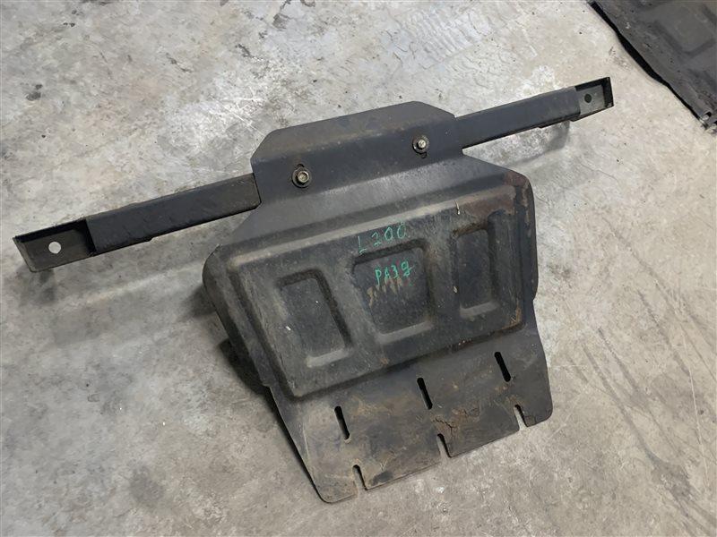 Защита раздаточной коробки Mitsubishi L200 Kb4T KB4T 4D56 2011 (б/у)