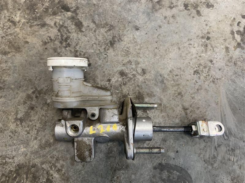 Цилиндр сцепления главный Mitsubishi L200 Kb4T KB4T 4D56 2011 (б/у)