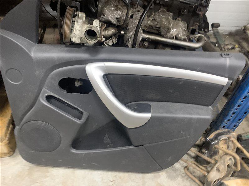 Обшивка двери Nissan Terrano D10 D10 F4R 2018 передняя правая (б/у)