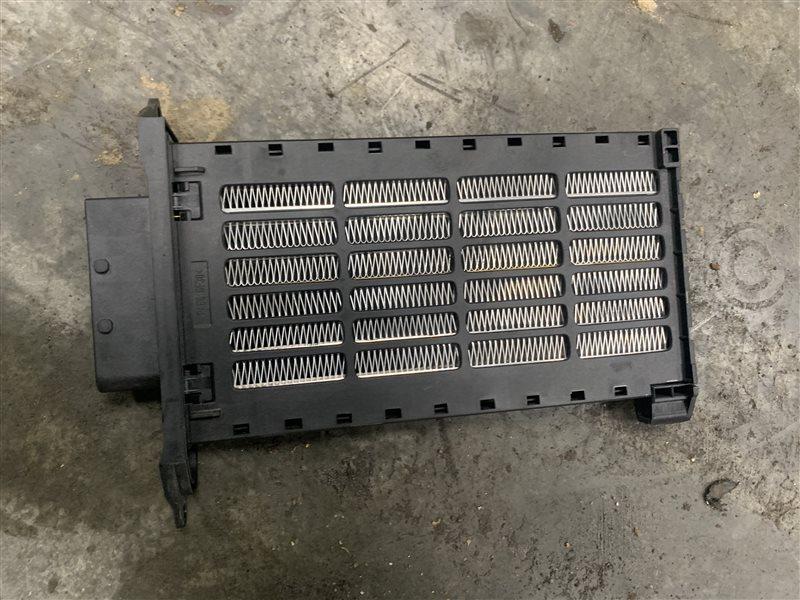 Радиатор отопителя электрический Nissan Terrano D10 D10 F4R 2018 (б/у)