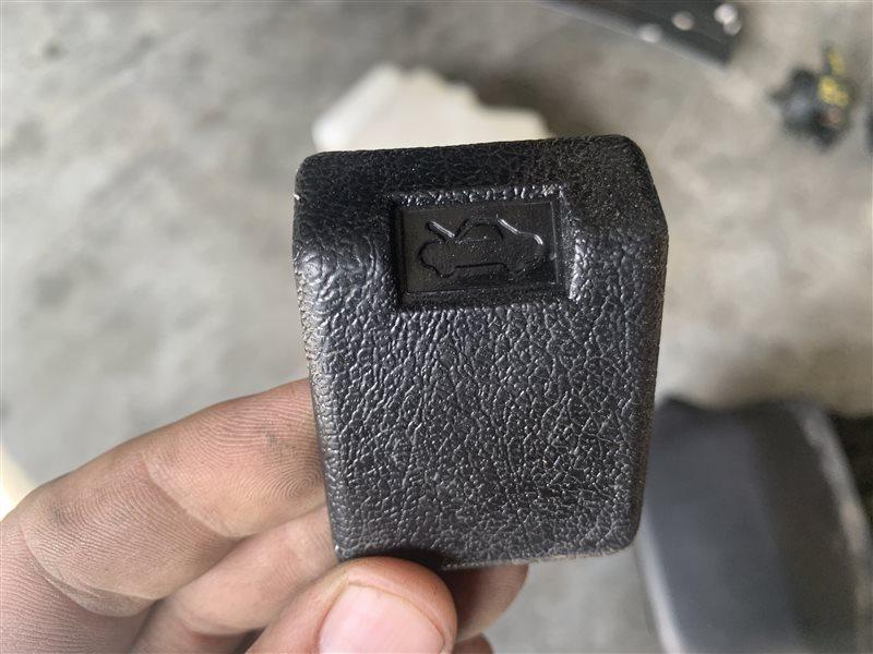 Механизм открывания капота Mitsubishi Pajero Sport Kh0 KH0 4D56 2014 (б/у)