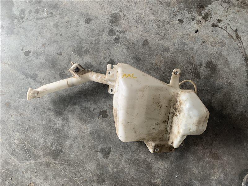 Бачок омывателя Mitsubishi Pajero Sport Kh0 KH0 4D56 2014 (б/у)