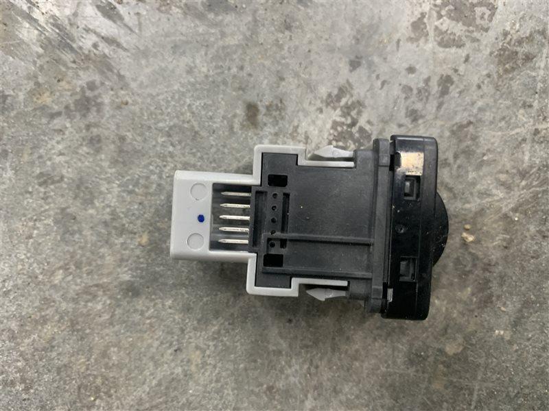 Кнопка регулировки корректора фар Mitsubishi L200 Kk/kl KK/KL 4N15 2018 (б/у)