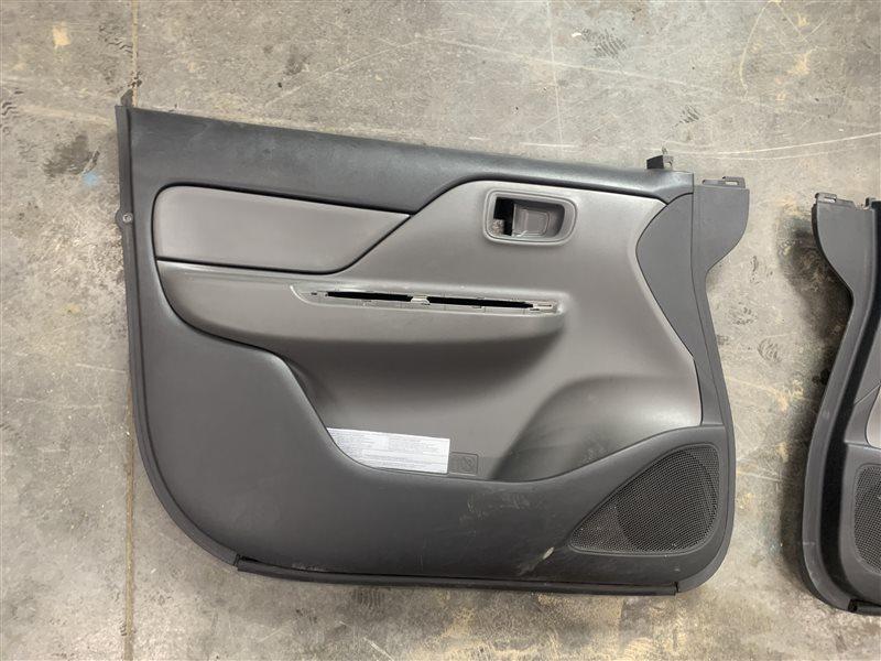 Обшивка двери Mitsubishi L200 Kk/kl KK/KL 4N15 2018 передняя левая (б/у)