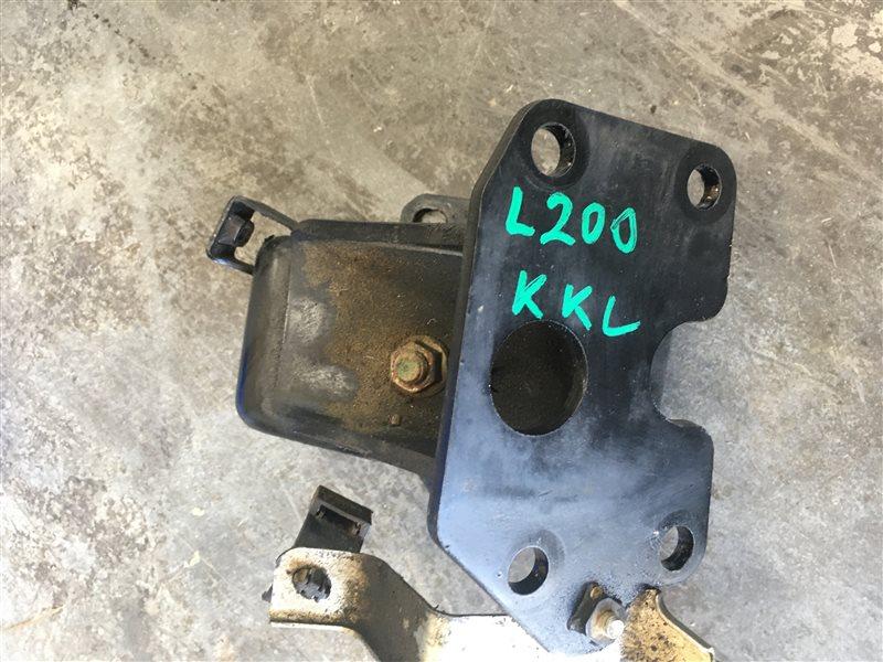 Подушка двигателя Mitsubishi L200 Kk/kl KK/KL 4N15 2018 (б/у)