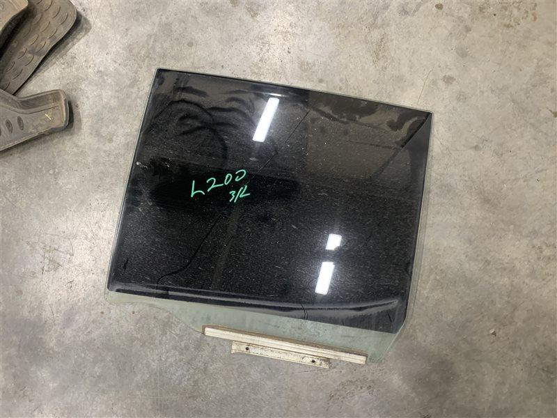 Стекло двери Mitsubishi L200 Kb4T KB4T 4D56U 2012 заднее левое (б/у)