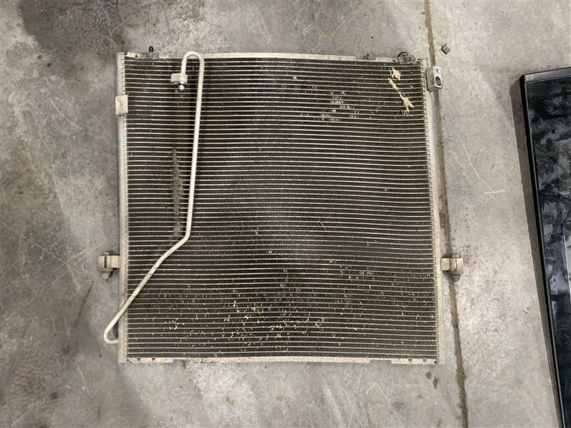 Радиатор кондиционера Mitsubishi Pajero Sport Kh0 KH0 4D56 2012 (б/у)