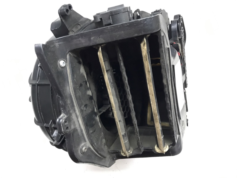 Вентилятор печки Bmw 7 Series F01 N63B44A 2010 (б/у)