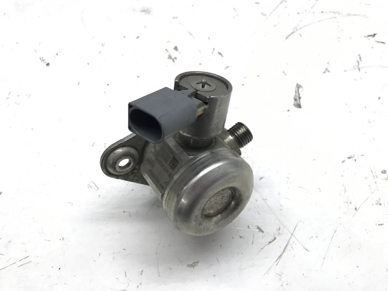 Насос высокого давления (тнвд) Bmw 7 Series F01 N63B44A 2010 (б/у)