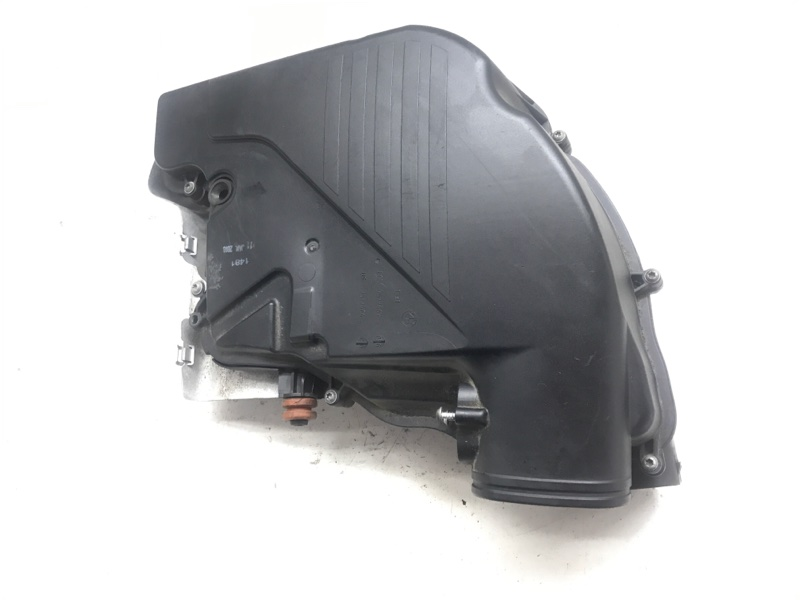 Глушитель шума всасывания воздуха 5-8 Bmw 7 Series F01 N63B44A 2010 (б/у)