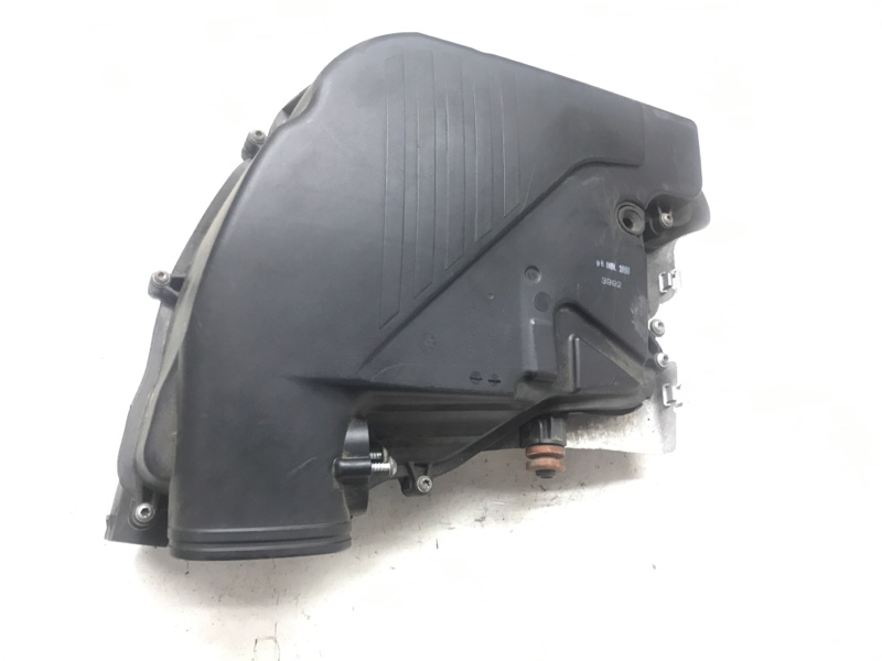Глушитель шума всасывания воздуха 1-4 Bmw 7 Series F01 N63B44A 2010 (б/у)