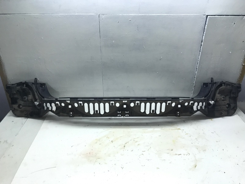 Кронштейн бампера Bmw 7 Series F01 N63B44A 2010 задний (б/у)