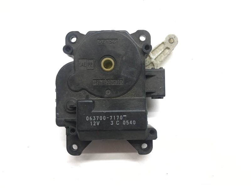 Сервопривод заслонок печки Suzuki Escudo TL52W J20A 2001 (б/у)