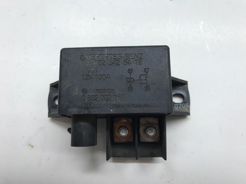 Реле вентилятора Mercedes Benz E-Klasse W211 M272.972 2005 (б/у)