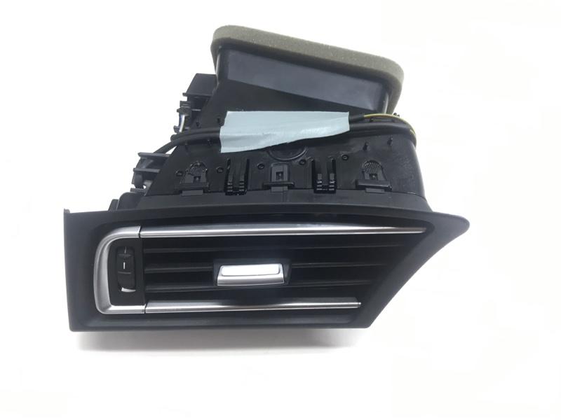 Вентиляционная решетка Bmw 7 Series F01 N63B44A 2010 левая (б/у)