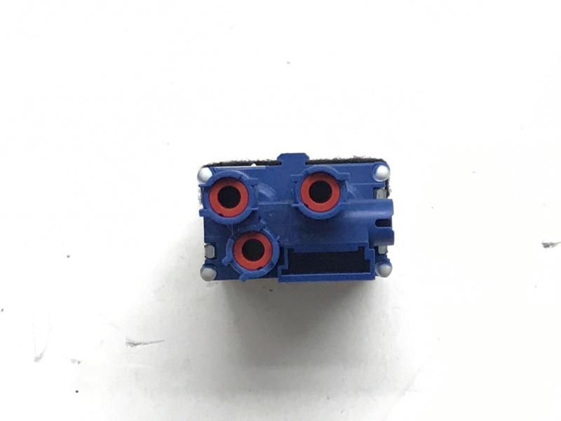 Блок клапанов Bmw X5 E70 M57 3.0 2009 (б/у)