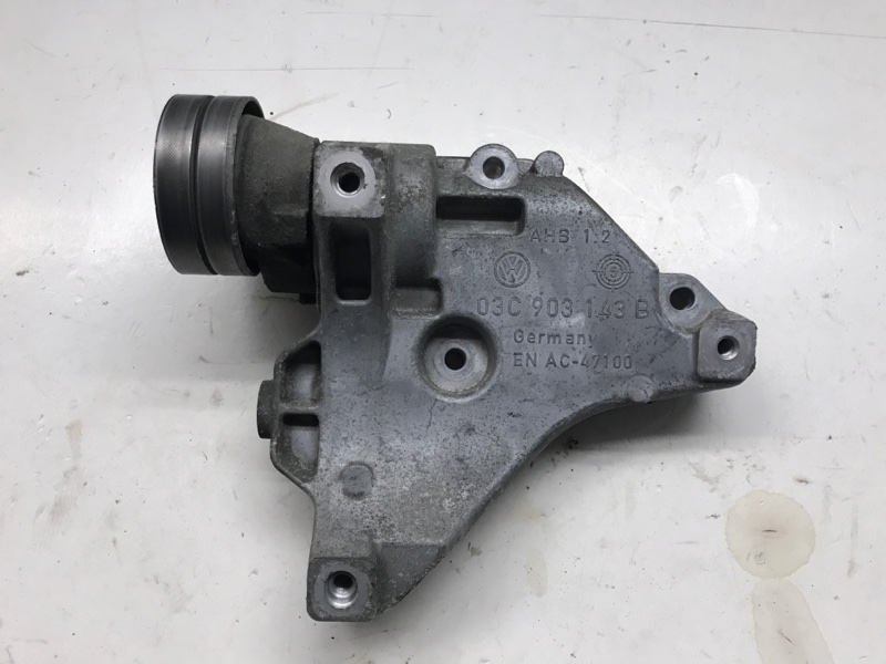 Кронштейн компрессора кондиционера Volkswagen Touran 1.4 БЕНЗИН 2008 (б/у)