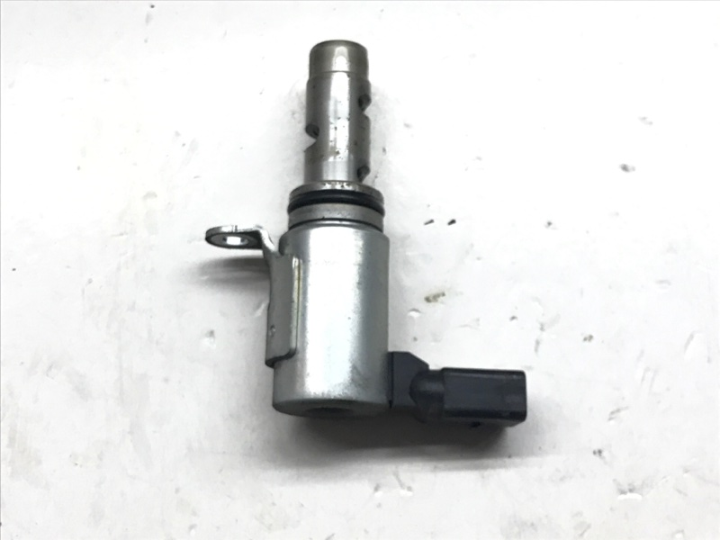 Клапан электромагнитный фаз грм Volkswagen Touran 1.4 БЕНЗИН 2008 (б/у)