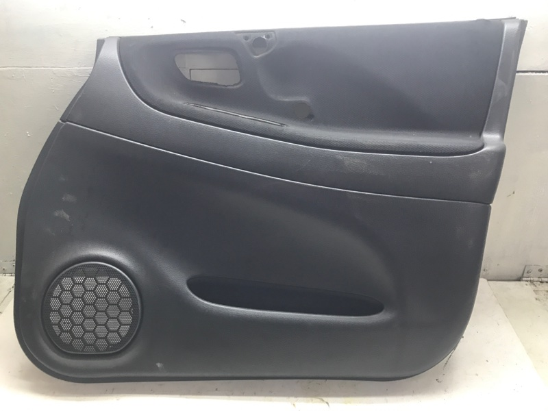 Обшивка дверная Suzuki Liana RH416 M16A 1.6I 2005 передняя правая (б/у)