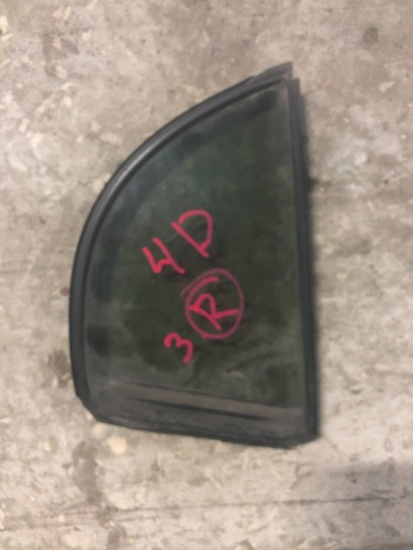 Форточка двери Honda Civic FD1 задняя правая (б/у)