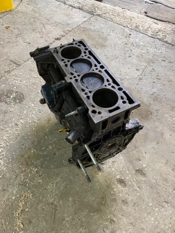 Двигатель k4m813 Renault Megane LM05 K4M 813 2007 (б/у)