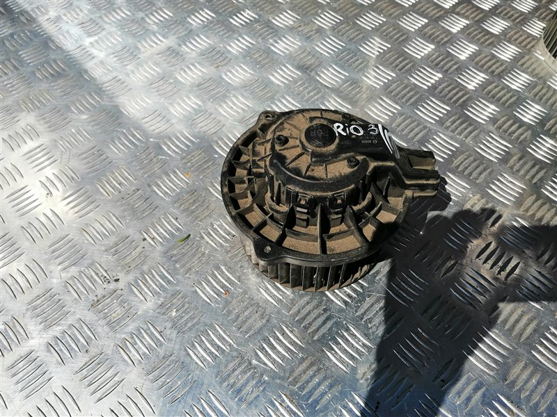 Мотор печки Kia Rio 3 QB G4FC 2014 (б/у)