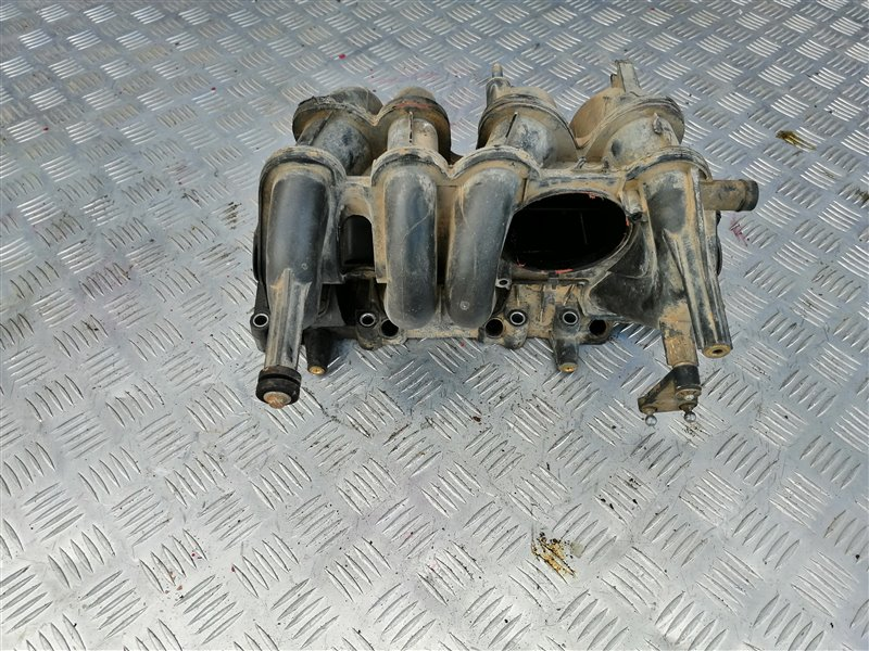 Коллектор впускной Renault Sandero BS12 K7J 2011 (б/у)