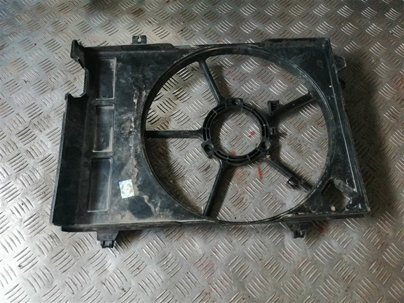 Диффузор Hyundai Getz 2005 (б/у)