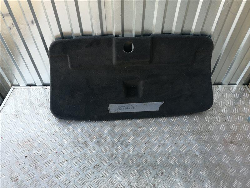Обшивка крышки багажника Opel Astra H Sedan L69 Z18XER 2008 задняя (б/у)