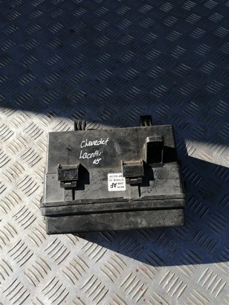 Блок предохранителей моторный Chevrolet Lacetti J200 F14D3 2012 (б/у)