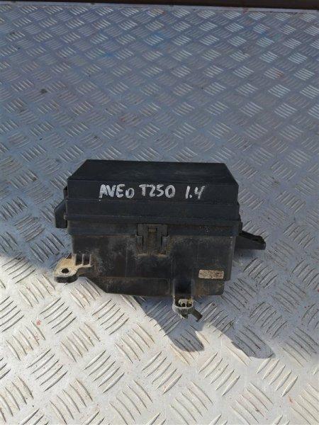 Блок предохранителей моторный Chevrolet Aveo T250 F14D4 2008 (б/у)