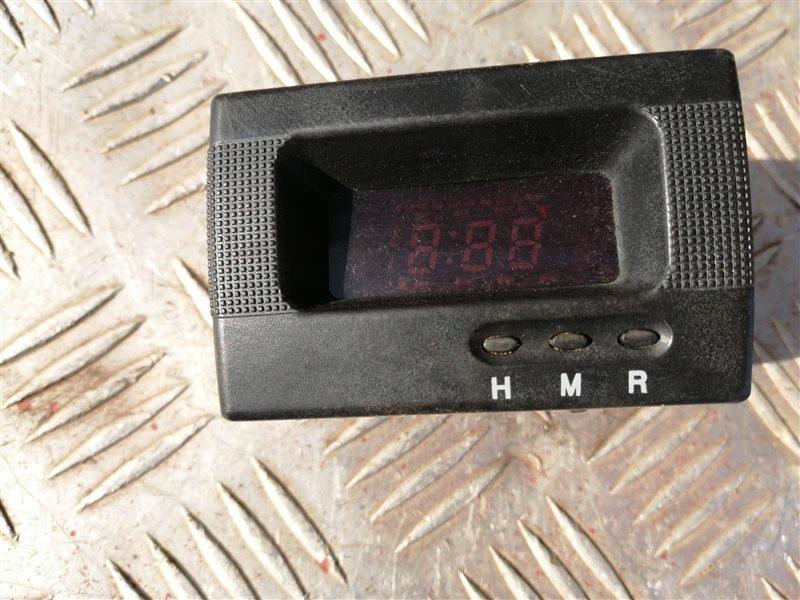 Часы Kia Spectra LD S6D 2007 (б/у)