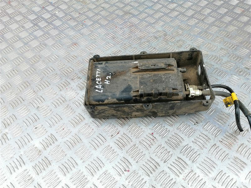 Угольный фильтр Chevrolet Lacetti J200 F16D3 2006 (б/у)