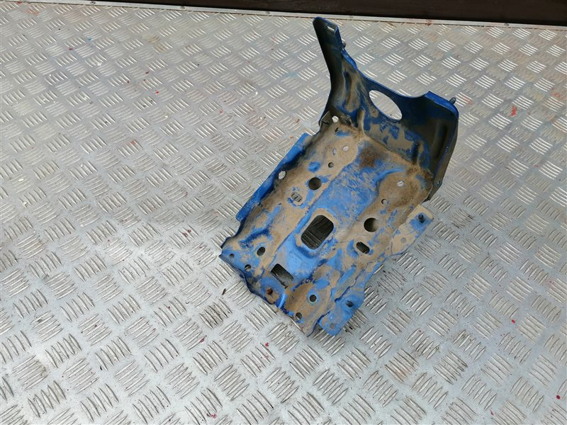 Крепление аккумулятора Chevrolet Lacetti J200 F16D3 2012 (б/у)