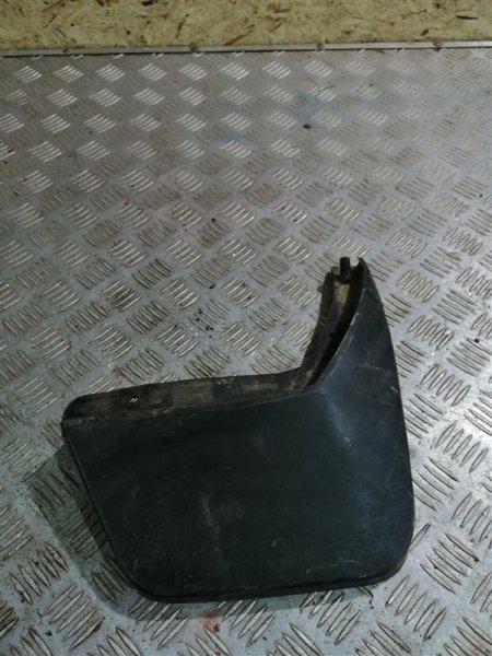 Брызговик Renault Sandero BS12 K7M 2013 задний правый (б/у)