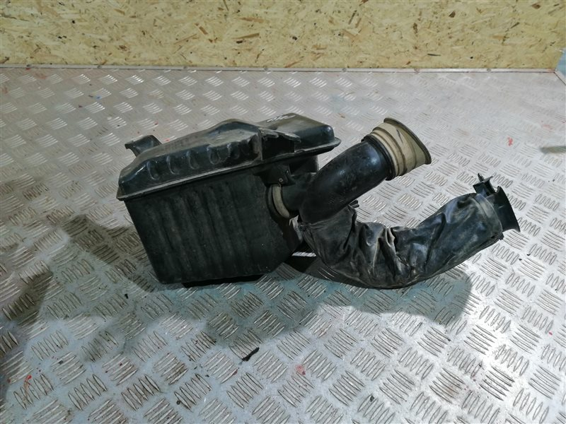 Резонатор воздушного фильтра Chevrolet Aveo T250 F14D4 2008 (б/у)