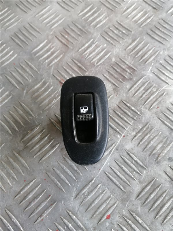 Кнопка стеклоподъемника Kia Spectra LD S6D 2007 задняя правая (б/у)