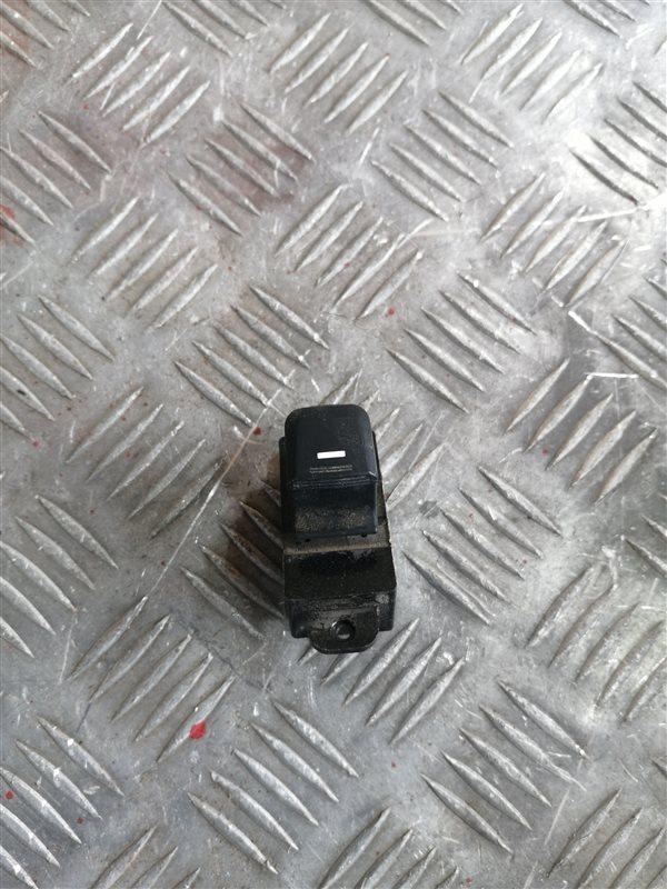 Кнопка стеклоподъемника Kia Rio 3 QB G4FC 2014 задняя левая (б/у)