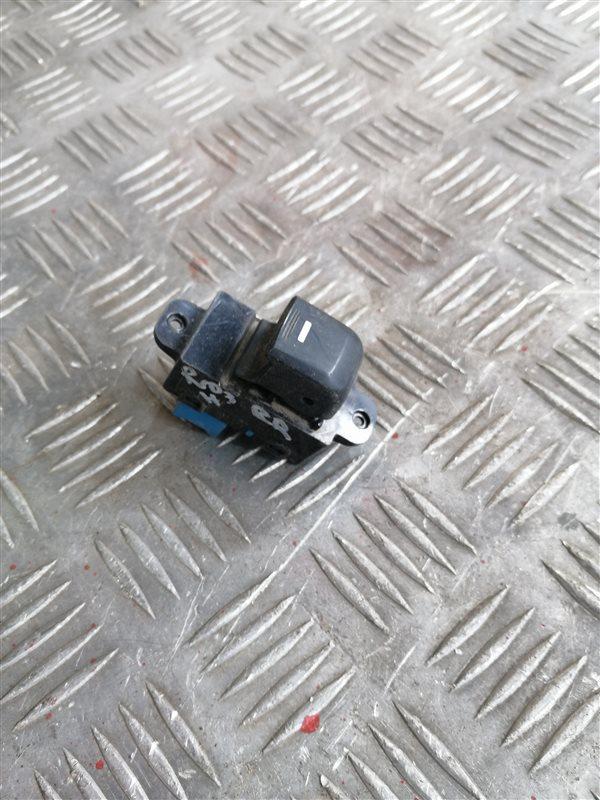 Кнопка стеклоподъемника Kia Rio 3 QB G4FC 2014 задняя правая (б/у)