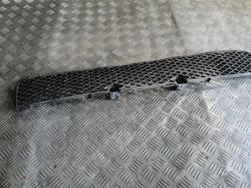 Решетка в бампер Mitsubishi Lancer 10 CY2A 4A91 2008 (б/у)