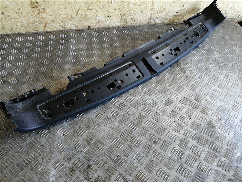 Обшивка багажника Bmw X3 F25 N47D20C 2013 задняя (б/у)