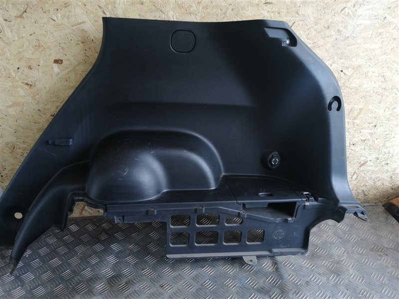 Обшивка багажника Ssangyong Actyon New CK G20T-001 2014 задняя правая (б/у)