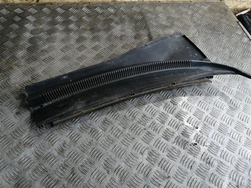 Решетка под лобовое стекло Chevrolet Lacetti J200 F14D3 2008 (б/у)