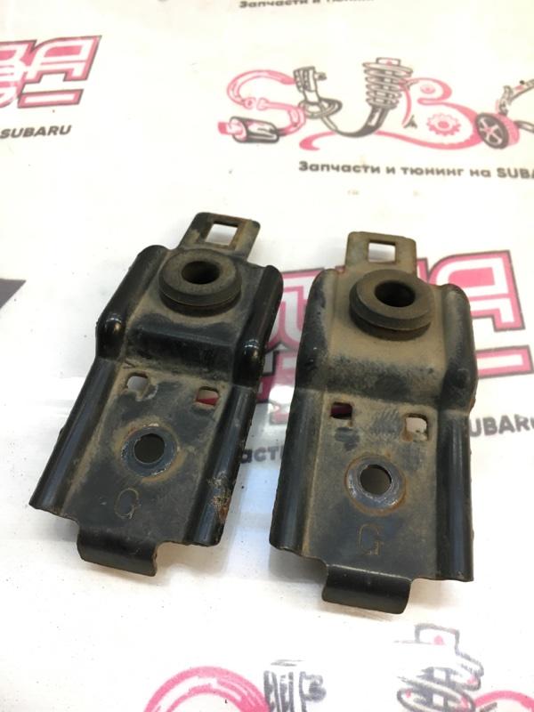 Крепление радиатора Subaru Impreza GGA EJ205 2003 (б/у)