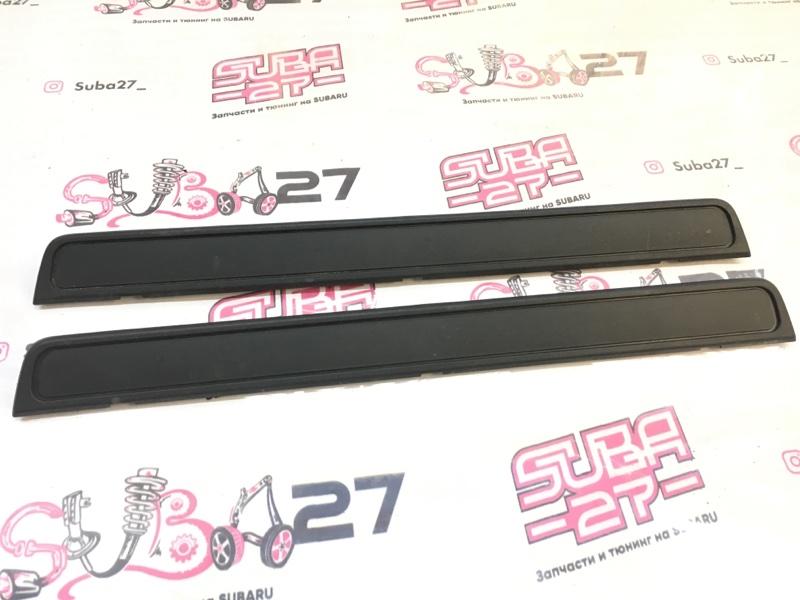 Накладка на порог Subaru Impreza GH8 EJ20X 2007 передняя (б/у)