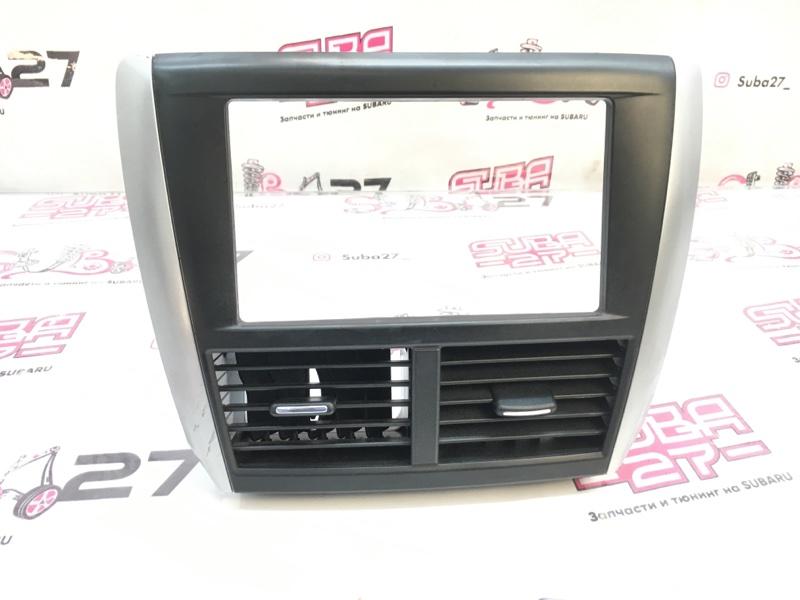 Рамка магнитолы Subaru Forester SH5 EJ204 2010 (б/у)